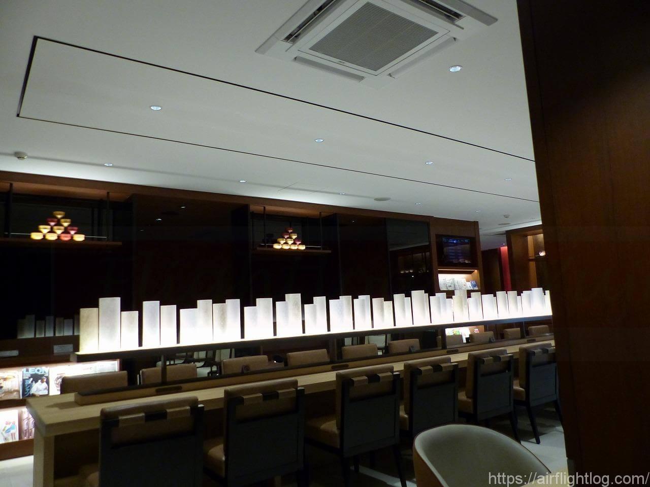 小松空港JALサクララウンジ ラウンジエリア