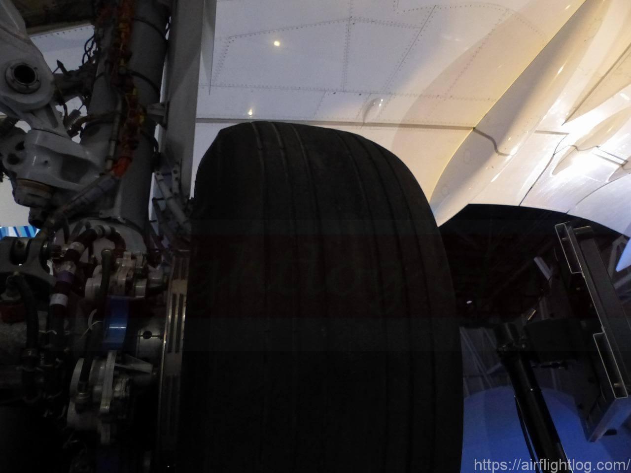 「FLIGHT OF DREAMS(フライト・オブ・ドリームズ)」ボーイング787初号機車輪