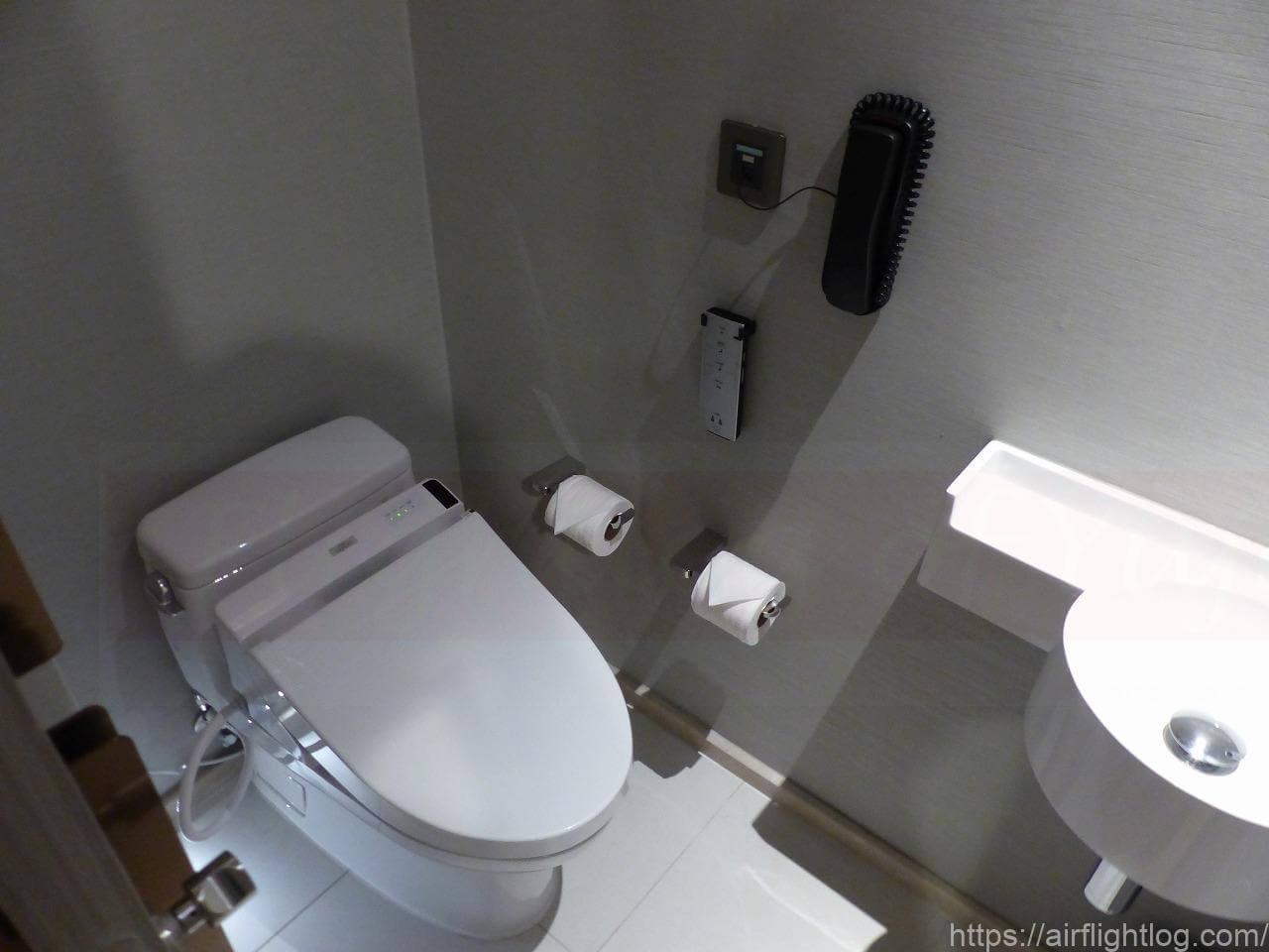 ホテル ニッコー・バンコク「ニッコー・クラブ」客室(トイレ)
