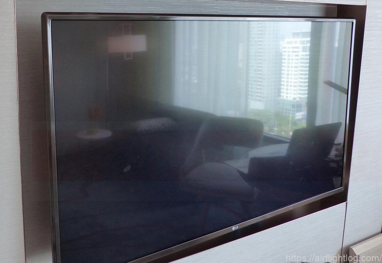ホテル ニッコー・バンコク「ニッコー・クラブ」客室(テレビ)
