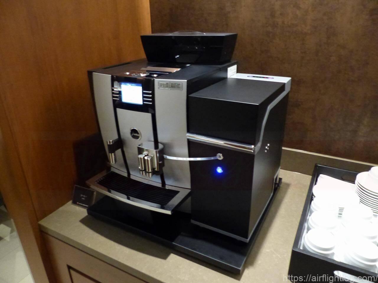 岡山空港サクララウンジ コーヒーメーカー