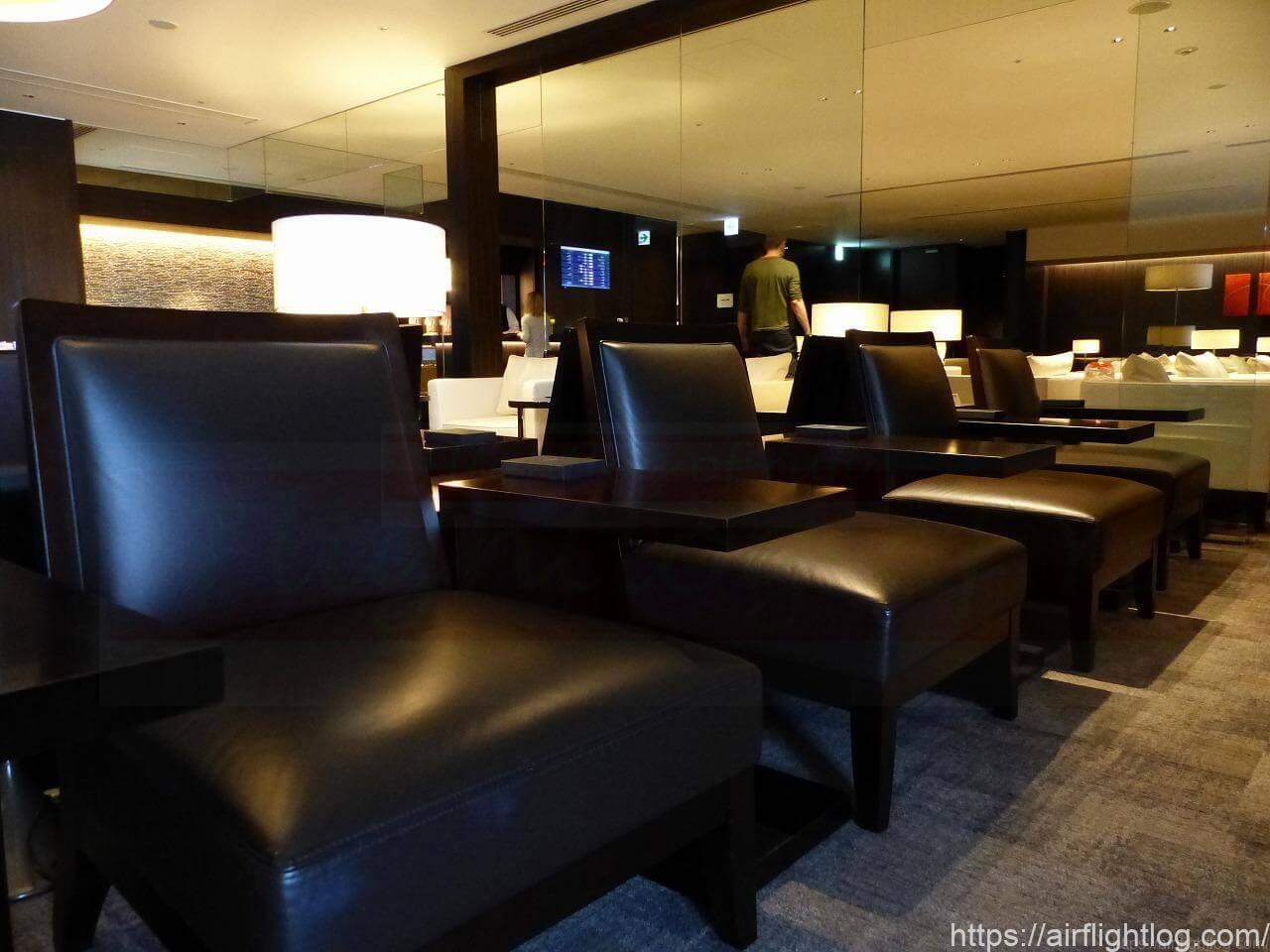 JAL成田空港ファーストクラスラウンジ「JAL's salon」